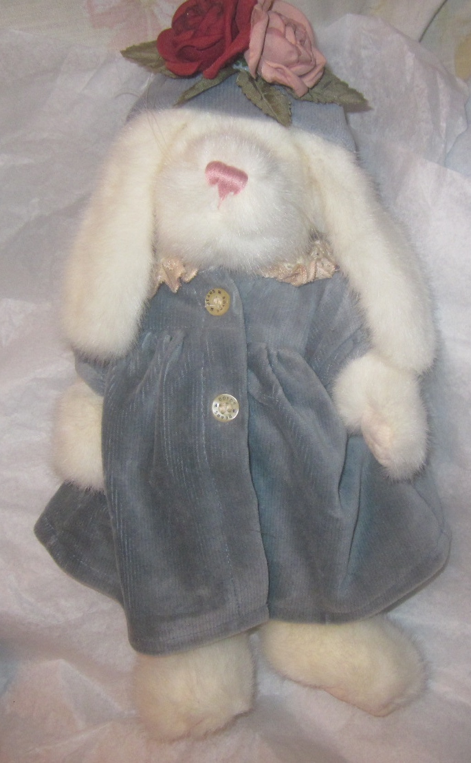 Boyds Bears Venessa White Rabbit White Bunny