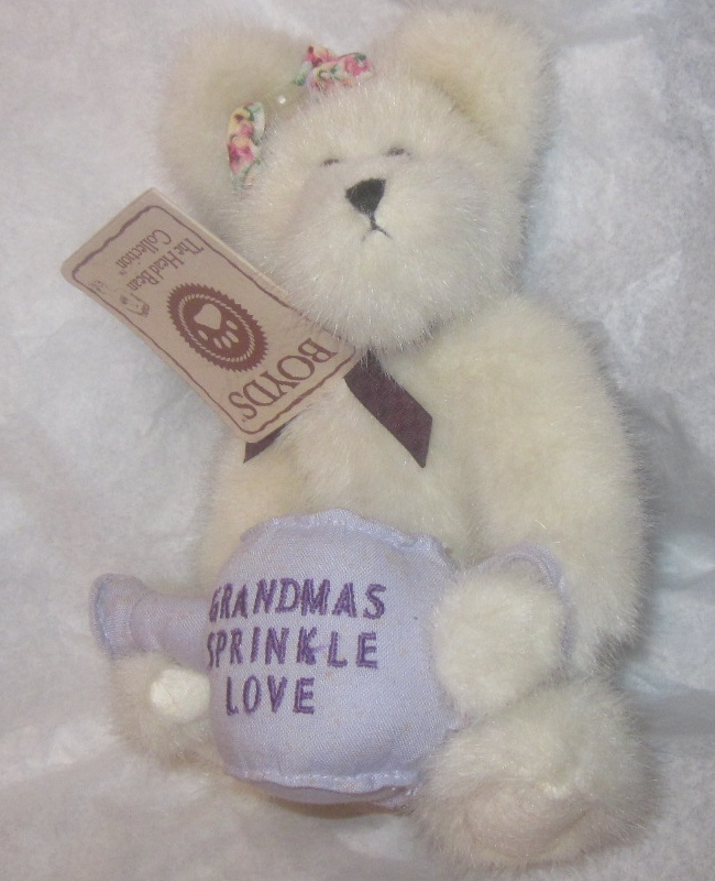 Boyds Bears Nana Plush Watering Can Grandmas Sprinkle Love