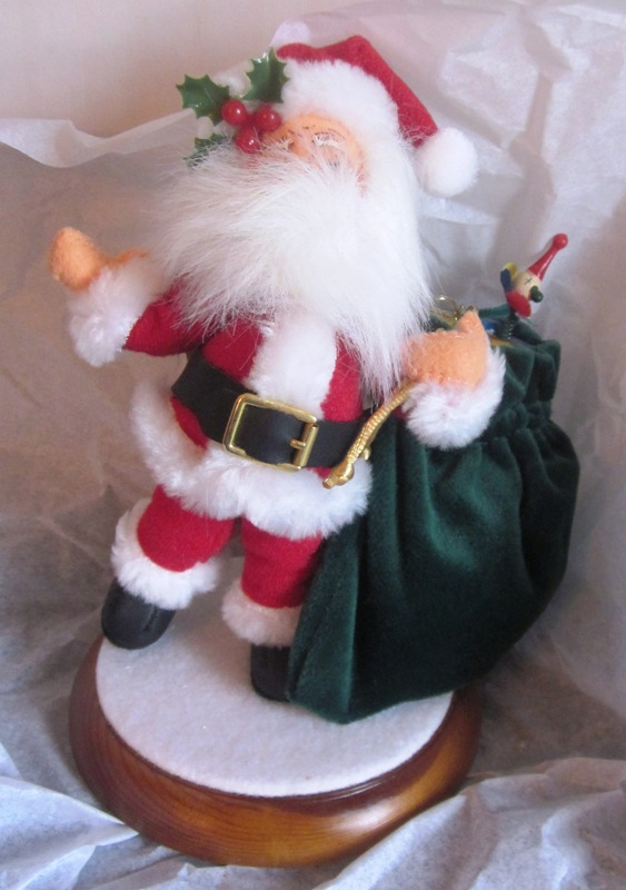 "2002 Annalee 5"" Mr Santa with Toybag 451002"
