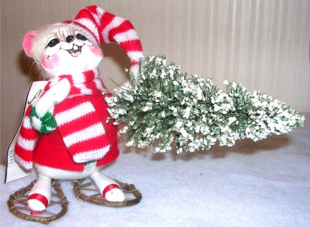 Annalee Mouse Fetching Christmas Tree 772406