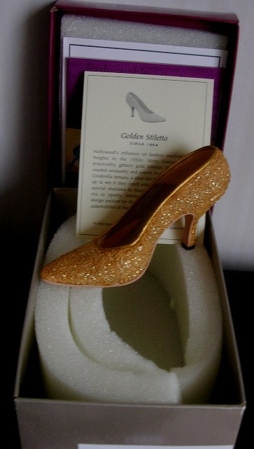 Just The Right Shoe by Raine Golden Stiletto #25045 JTRS