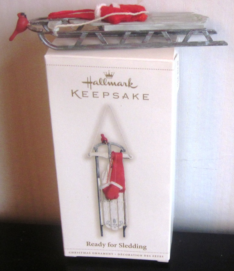 Hallmark Keepsake Ready For Sledding 2006 Ornament QXG2766