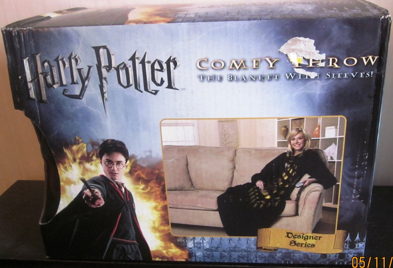 Harry Potter Winder Look Adult Comfy Throw Blanket with Sleeves
