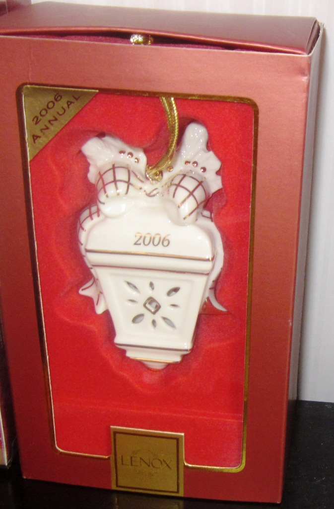 Lenox 2006 Annual Ornament Williamsburg Lantern