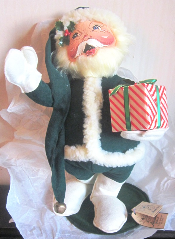 "1999 Annalee 18"" Mr Santa with Present 550699"