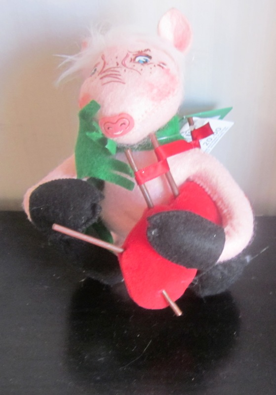 Annalee 12 Twelve Days of Christmas Pipers Piping Pig Macy's