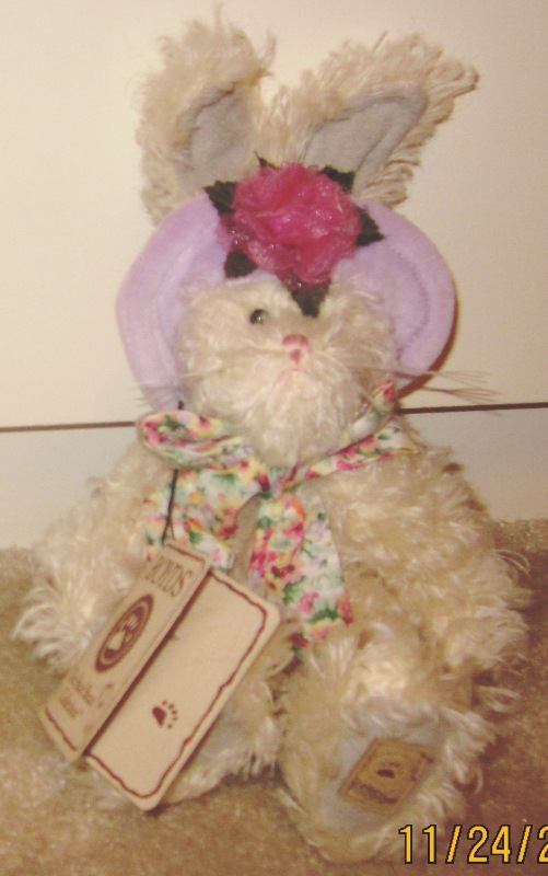 Boyds Bears Mohair Piper Bunny with Purple Hat 590067