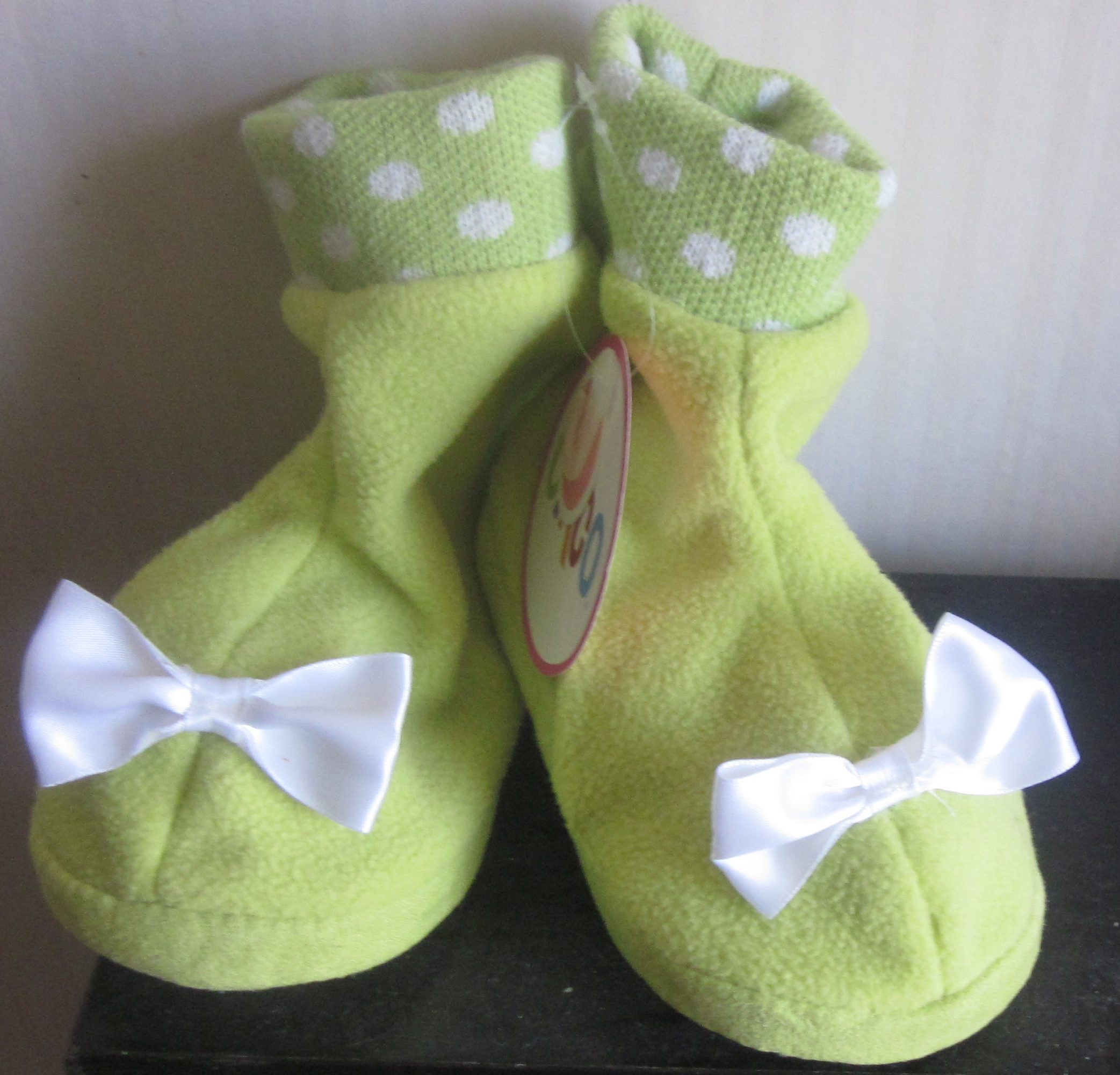 Girls Green Slippers Booties 2T 3T 2-3T