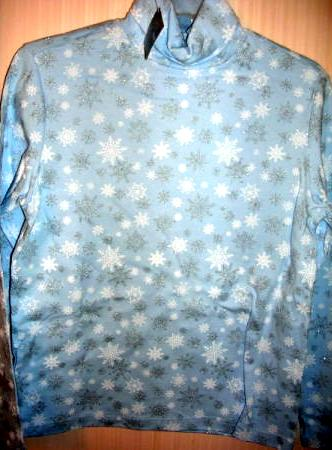 Winter Womens Turtleneck Snowflakes Small